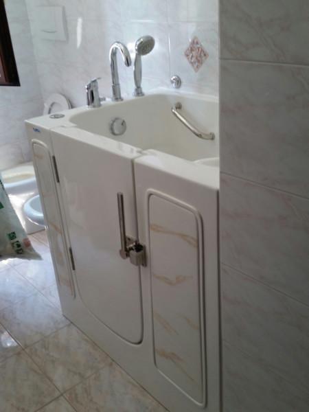 vasche-con-sportello-personalizzate