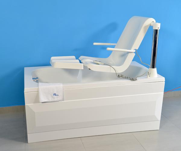 Vasca Da Letto Per Disabili : Motorizzata torre: vasca motorizzata con sedile anatomico.